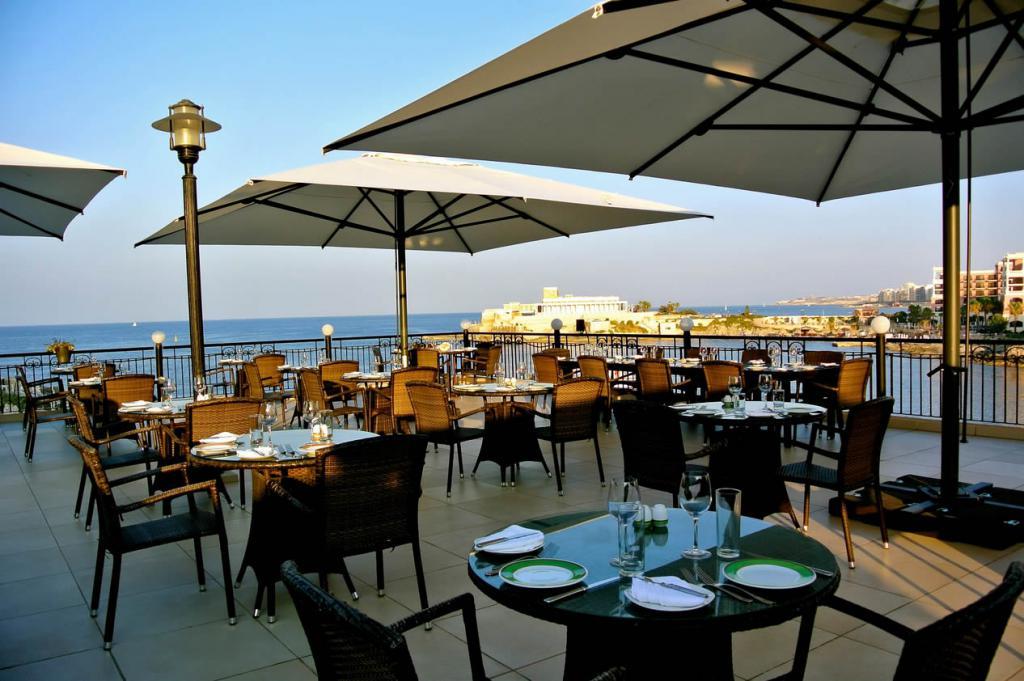 Grande ombrellone per hotel Capri Dark o Starwhite SCOLARO